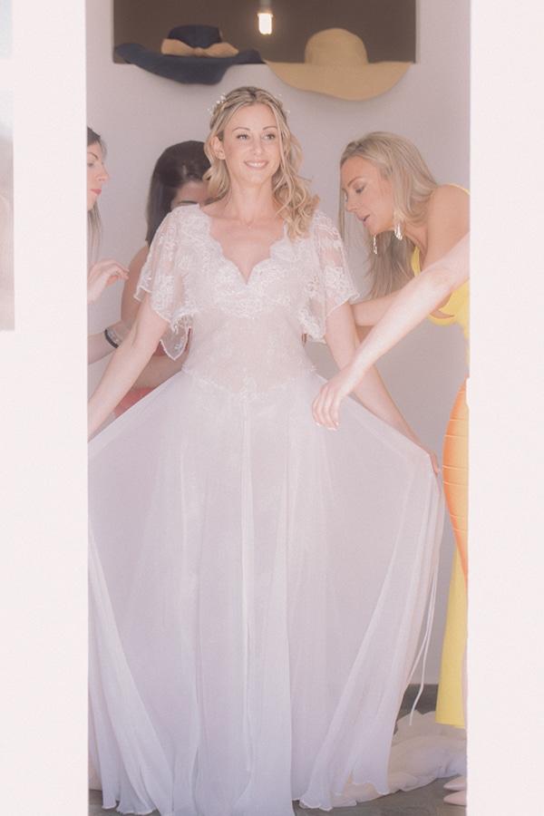 bright-gorgeous-wedding-tinos-island_04x