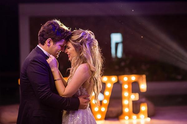 gorgeous-glam-chic-wedding-gold-details_30