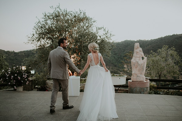gorgeous-rustic-wedding-cyprus_03x