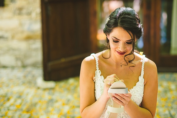 gorgeous-rustic-wedding-mediterranean-elements_13