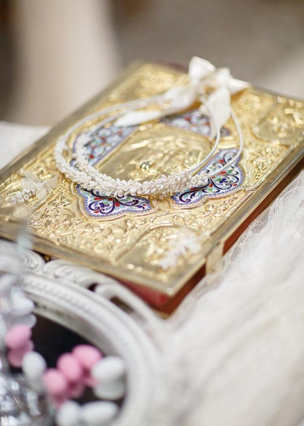 gorgeous-wedding-white-hues_16