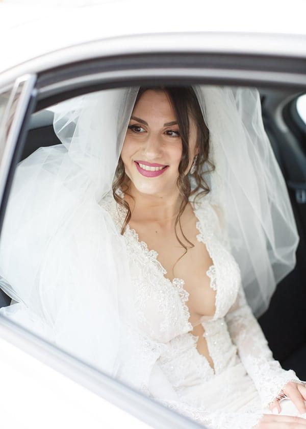 gorgeous-wedding-white-hues_18