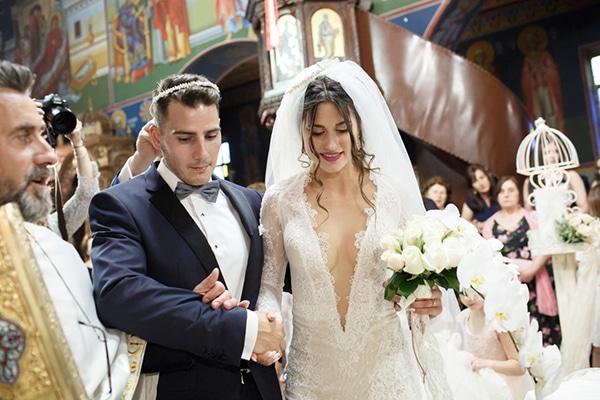 gorgeous-wedding-white-hues_23