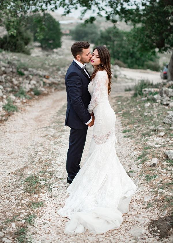 gorgeous-wedding-white-hues_30