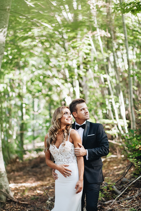 minimal-chic-mountain-wedding-portaria_02