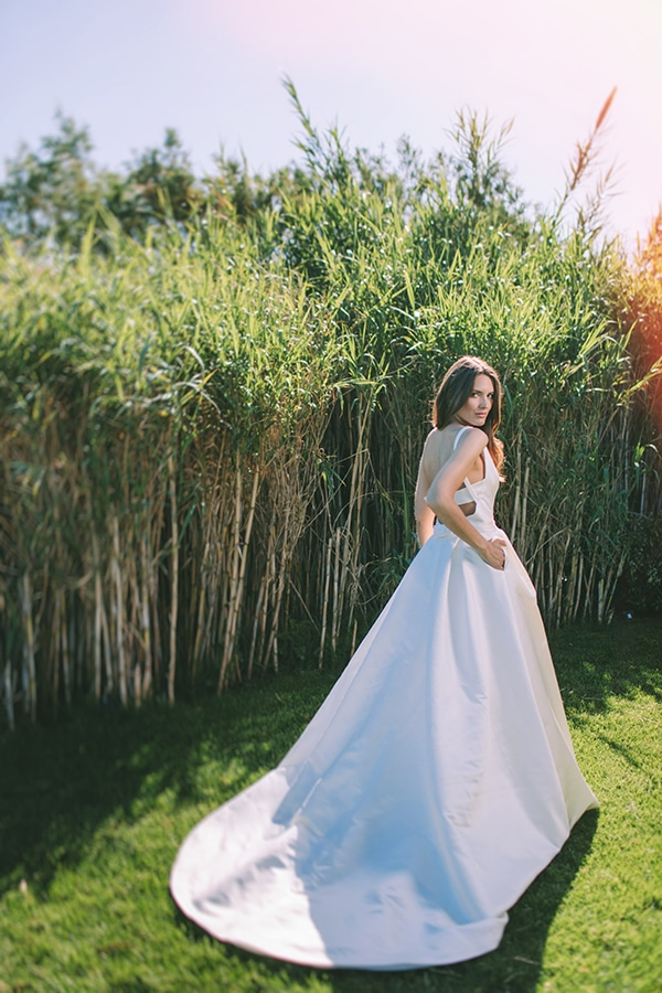 modern-vibrant-bridal-shoot-athens__24