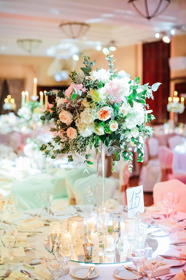 timeless-elegant-hotel-wedding-_30