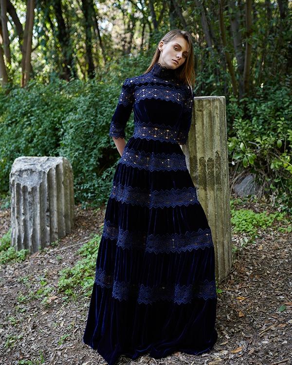 unique-dresses-autumnal-shades-costarellos-pre-fall-collection-2019_12