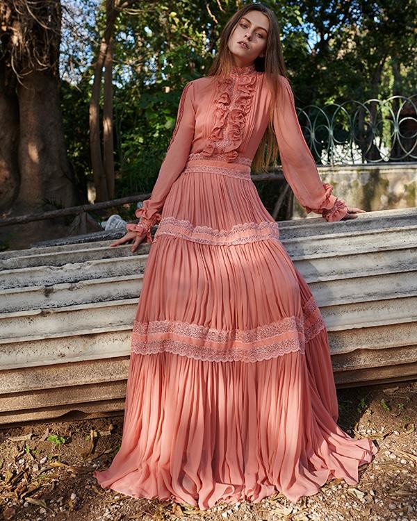 unique-dresses-autumnal-shades-costarellos-pre-fall-collection-2019_13