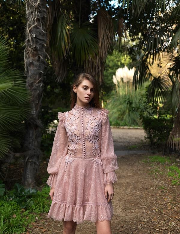 unique-dresses-autumnal-shades-costarellos-pre-fall-collection-2019_15