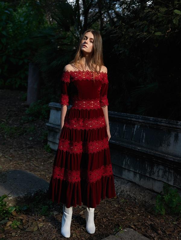 unique-dresses-autumnal-shades-costarellos-pre-fall-collection-2019_18