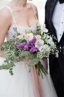 Νυφικη ανθοδεσμη για ρομαντικο γαμο