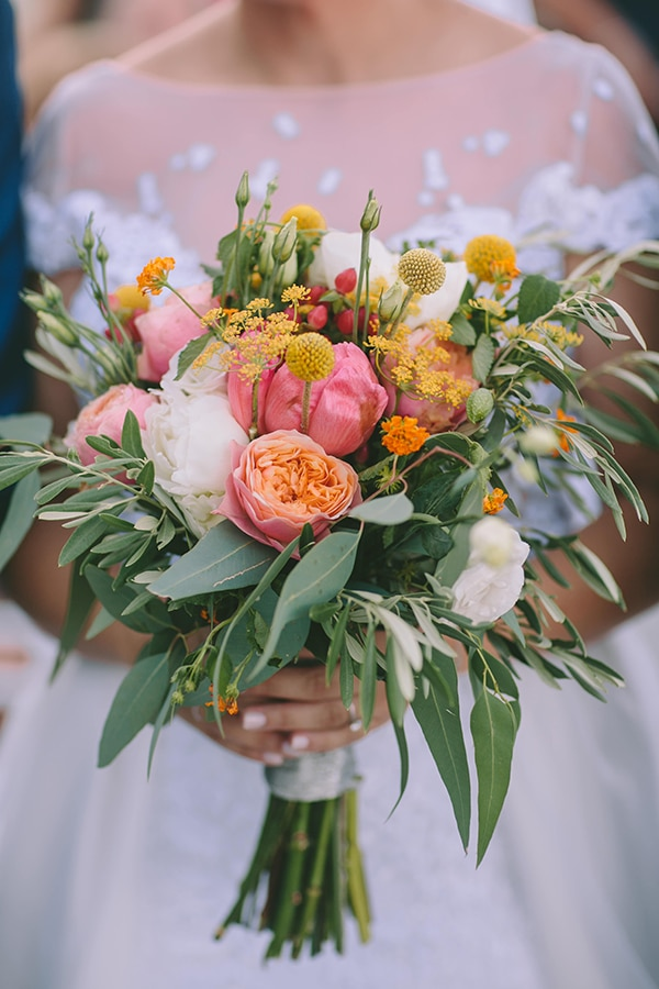 bridal-bouquets-we-fall-love-with_01.