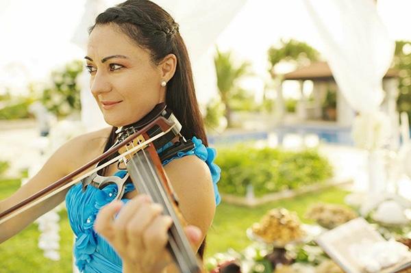 enhance-your-wedding-violin-music-violin-events-music_02