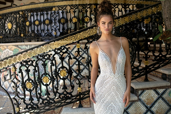 7168bdb5f7d9 Πανεμορφα νυφικα φορεματα απο BERTA | BERTA MIAMI S/S 2019