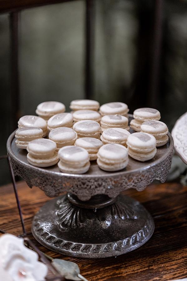 impressive-wedding-dessert-table-ideas_09