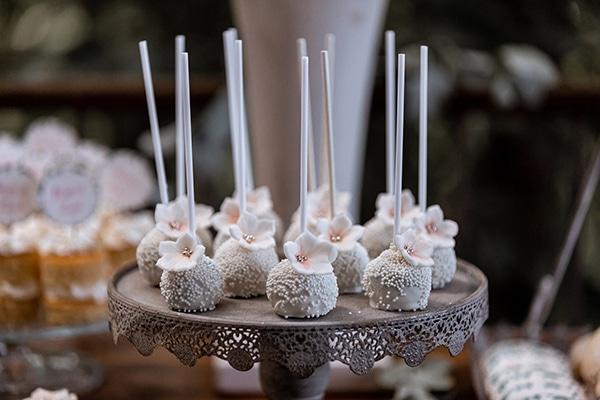 impressive-wedding-dessert-table-ideas_10