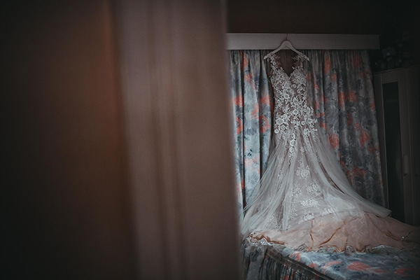 romantic-wedding-limassol-pastel-tones_03
