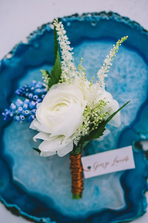 stylish-boutonnieres-with-real-flowers_03