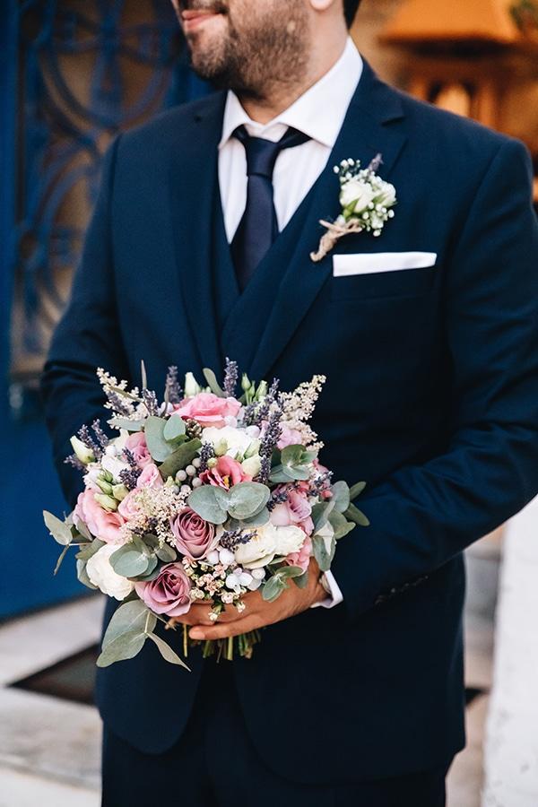 Νυφικη ανθοδεσμη για ενα ρουστικ γαμο