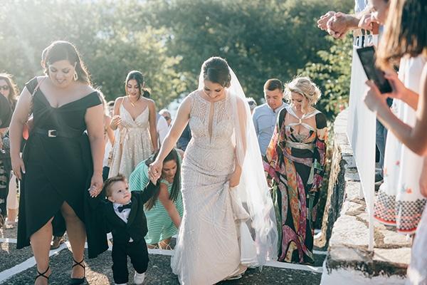 gorgeous-wedding-burgundy-hues_16