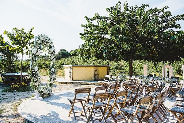 rustic-vineyard-wedding-corfu_13