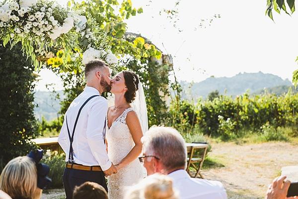 rustic-vineyard-wedding-corfu_15