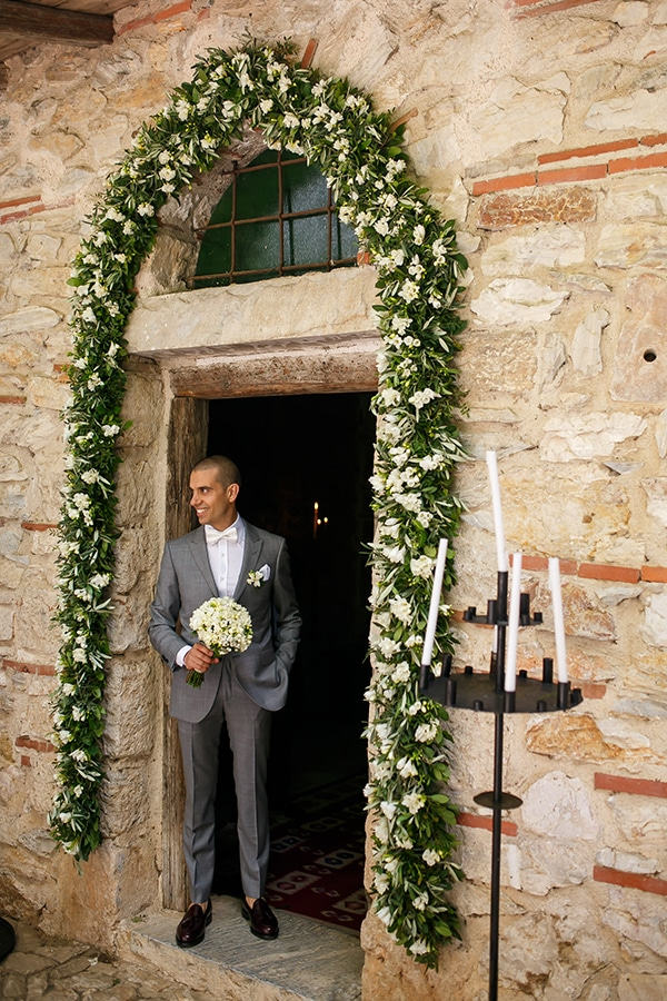beautiful-rustic-wedding-olive-branches_11