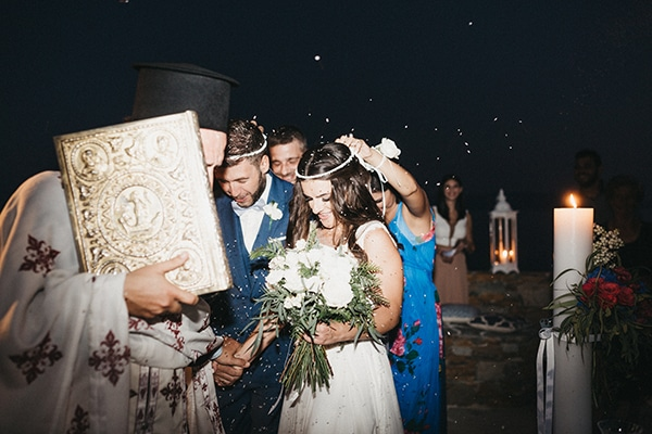 island-wedding-blue-white-hues_21