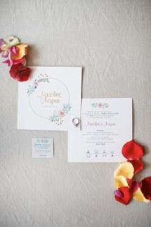 Προσκλητηριο γαμου σε λευκο χρωμα