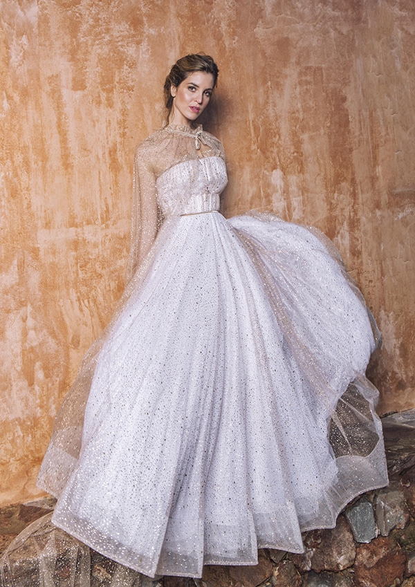 flowy-wedding-dresses-inspired-nature-katia-delatola_01