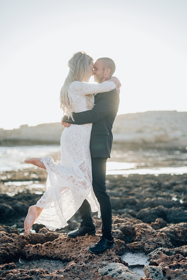 romantic-prewedding-beach-shoot_06