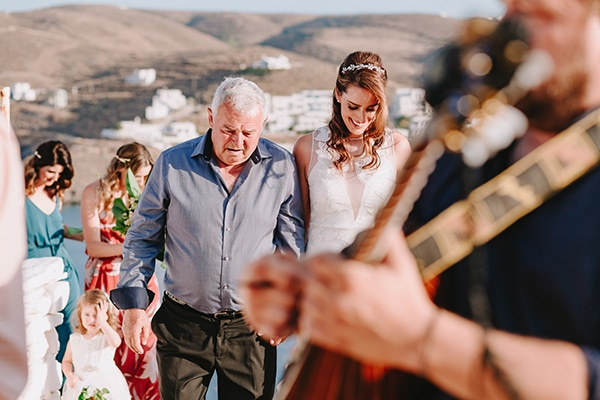 rustic-wedding-natural-colors-kythnos_16
