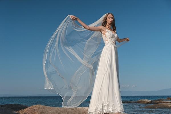 1eed6ffbd433 Υπεροχα νυφικα φορεματα για καλοκαιρινο γαμο