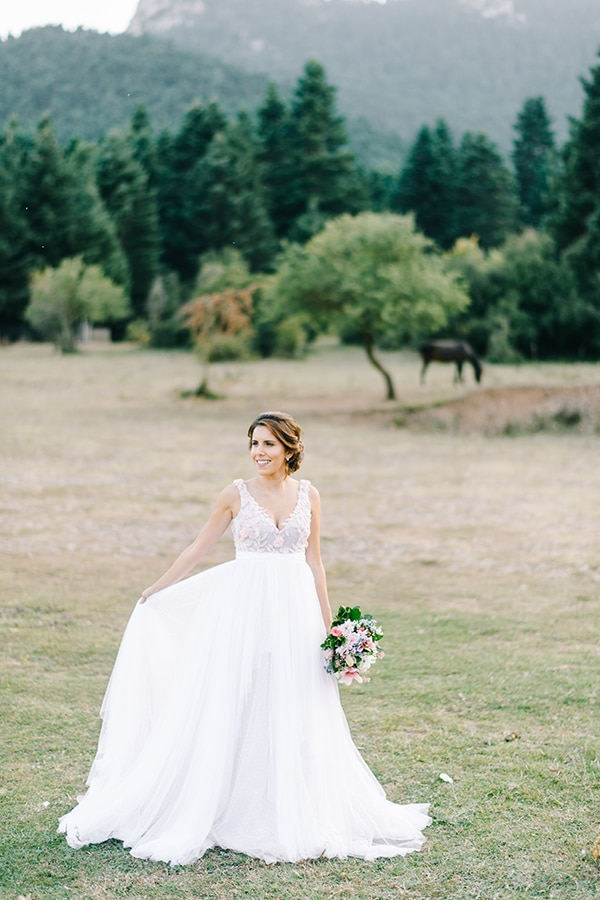 beautiful-summer-wedding-vivid-colors_22