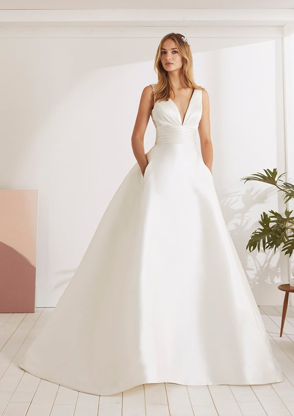 dreamy-bridal-dresses-white-one-collection-2019_00
