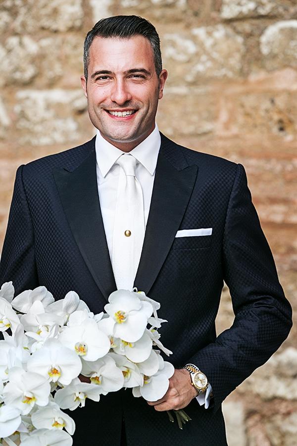 elegant-chic-wedding-main-colour-white_17