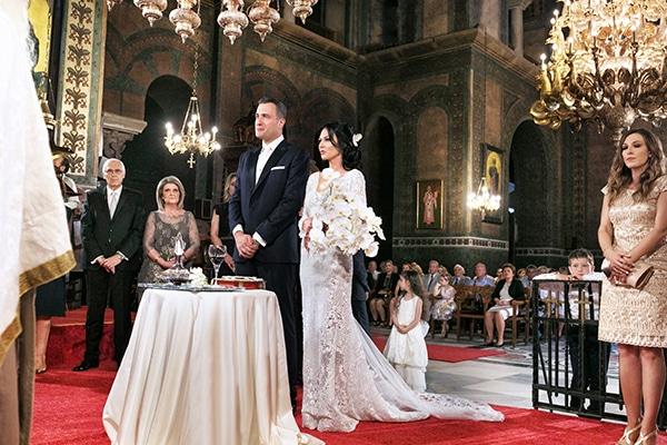 elegant-chic-wedding-main-colour-white_20