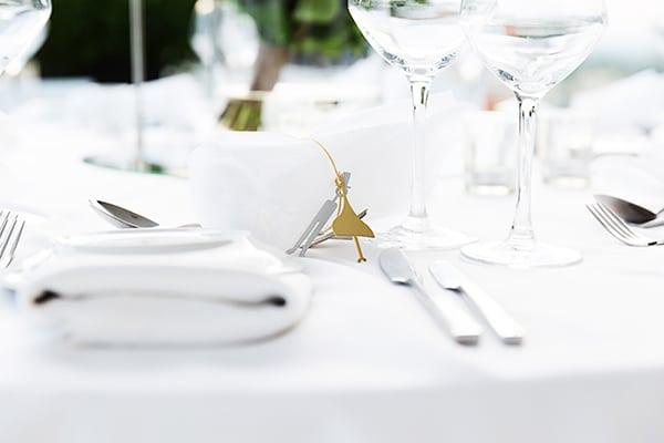 elegant-chic-wedding-main-colour-white_24