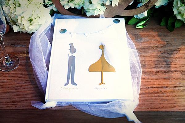 elegant-chic-wedding-main-colour-white_26
