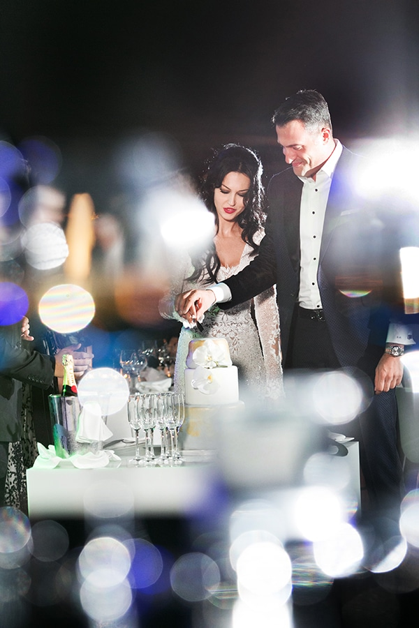 elegant-chic-wedding-main-colour-white_28