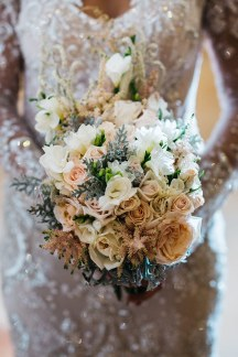 Ρομαντικη νυφικη ανθοδεσμη γαμου