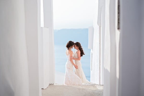 beautiful-destination-wedding-santorini_04