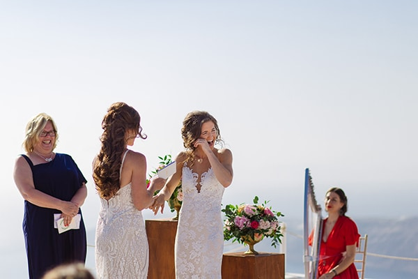 beautiful-destination-wedding-santorini_18