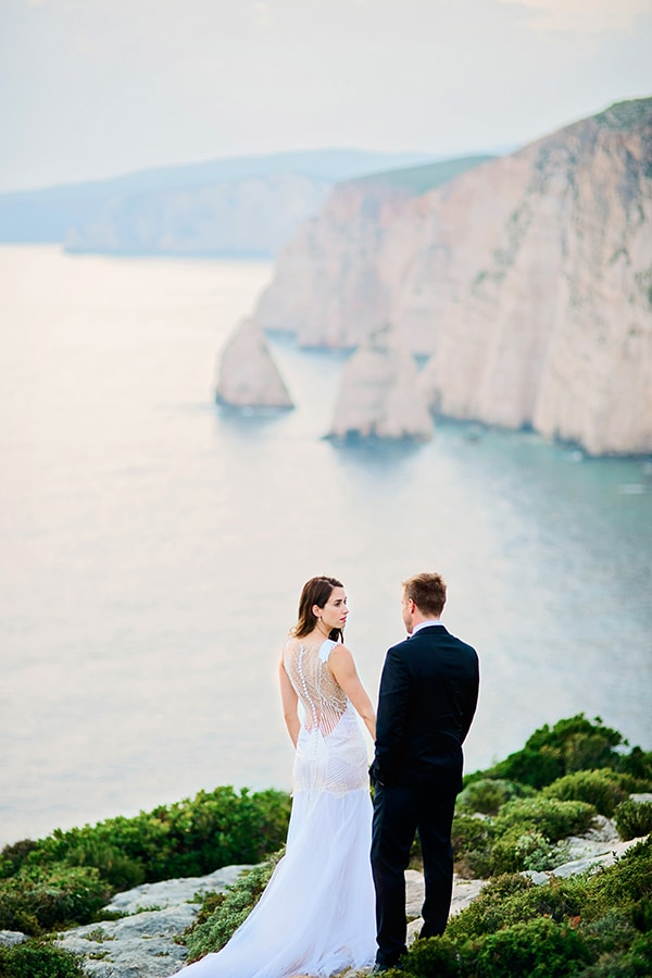 breathtaking-grecian-affair_01