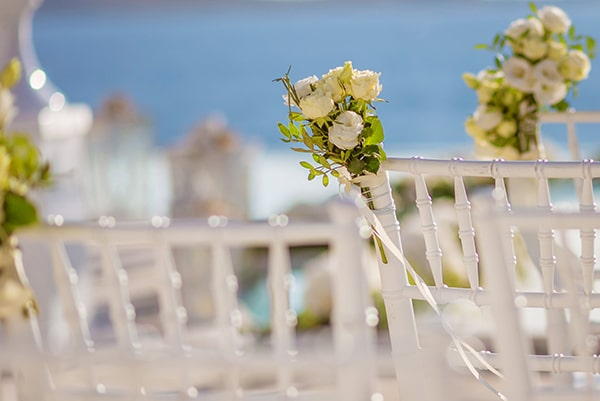 impressive-wedding-white-flowers-mykonos_09
