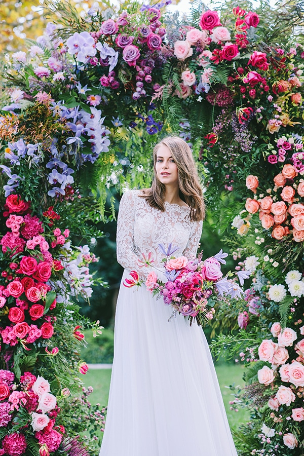 lavish-bridal-shoot-prettiest-flowers_01