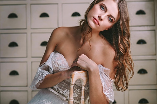lavish-bridal-shoot-prettiest-flowers_10