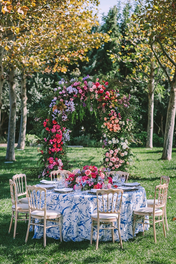 lavish-bridal-shoot-prettiest-flowers_13