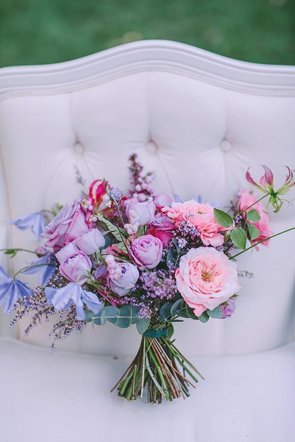 Ρομαντικη ανθοδεσμη σε απαλους τονους
